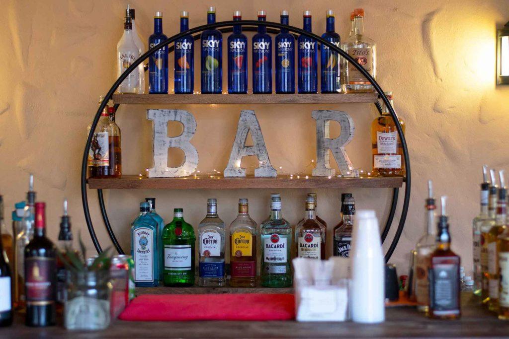 Back-Bar-CM